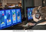 stock-photo-new-york-ny-usa-october-comic-con-attendee-plays-tetris-ultimate-during-comic-con-222766411 tetris geek