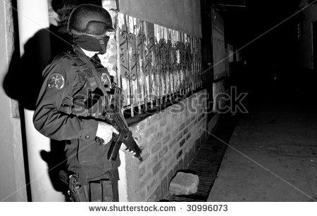stock-photo-soyapango-el-salvador-nov-a-special-forces-officer-of-the-grupo-reacion-policial-grp-guards-30996073