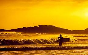 surfer-691029__180