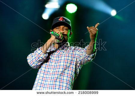 stock-photo-barcelona-may-kendrick-lamar-american-hip-hop-recording-artist-performs-at-heineken-218008999 dre