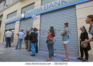stock-photo-greece-thessaloniki-june-citizens-line-up-to-use-an-automated-teller-machine-atm-291462743 grece