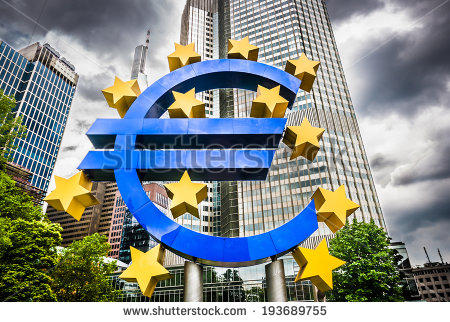stock-photo-euro-sign-at-european-central-bank-headquarters-in-frankfurt-germany-with-dark-dramatic-clouds-193689755 euro banque