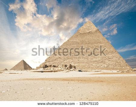 stock-photo-pyramids-in-giza-128475110 egypt